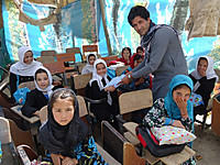130926_nahid_shaheed_girls_high_sch