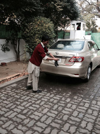 131219_driver_cleaning_and_maintena