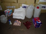 060915jpf3_hygiene_kit_02
