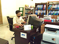 110825_qaiser_khan1