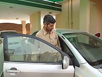 120628_hazrat_gul_driver_is_famous_