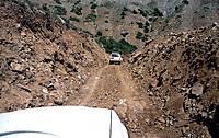 140724_road_blockage_2_2