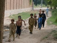 110908_idps_children_are_coming_t_2