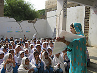 120412_educating_idps_children