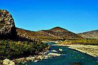121129_a_river_in_fata_2