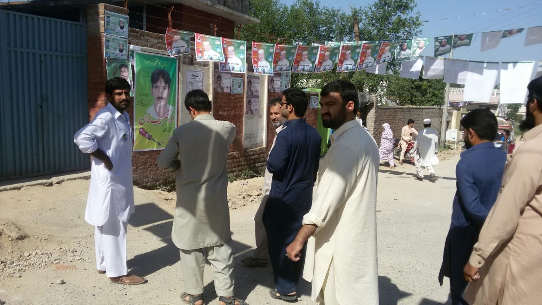 20150716_pk_02_lg_election_kp_outsi